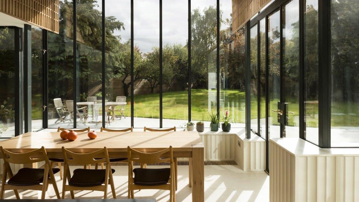 GLASS RIBBON, Scullion Architects