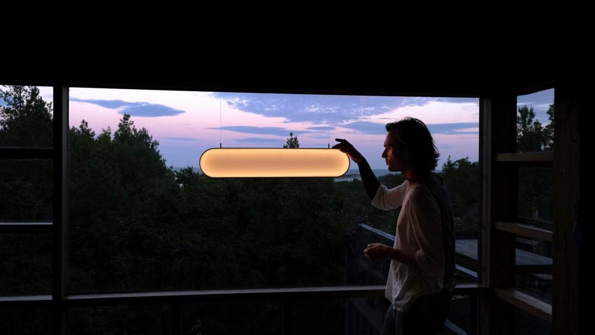 SUNNE, THE SELF-POWERED SOLAR LIGHT, M. van Aubel