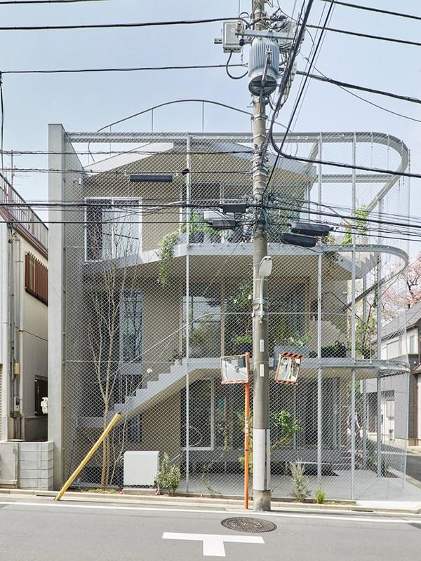 WEATHER HOUSE, not architects studio