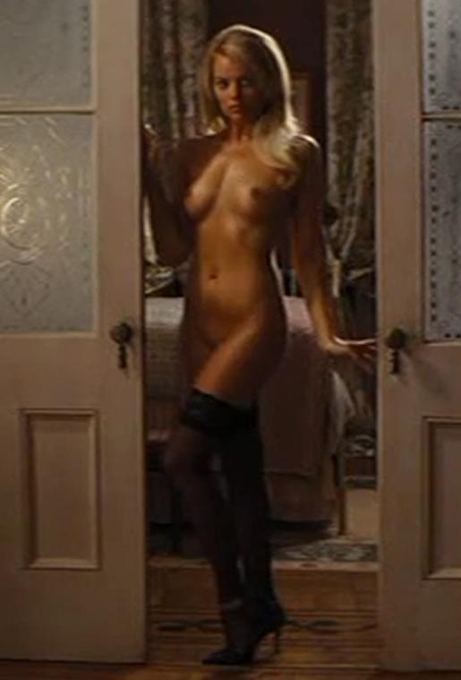 Margot-Robbie-nude-wolf-of-wall-street-7