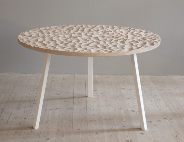 contemporary-wood-table_230215_02-800x617