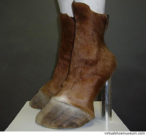iris-schieferstein-scarpe-cavallo