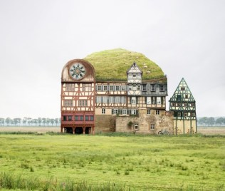 Surreal-Homes-by-Matthias-Jung_0-640x543