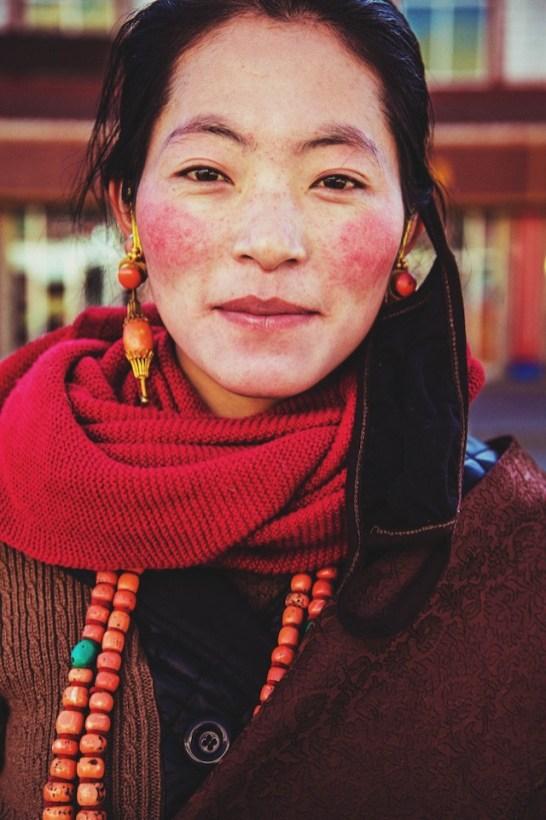 Tibetan-women-in-Xiahe-China