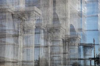 Linstallazione-di-Edoardo-Tresoldi-per-la-Basilica-paleocristiana-di-Siponto-©-Giacomo-Pepe-4