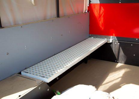 ox-flat-pack-truck-gordon-murray_dezeen_2364_ss_6-1024x731