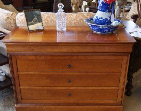 Grange Dresser
