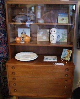 Vintage Retro Hutch Cabinet