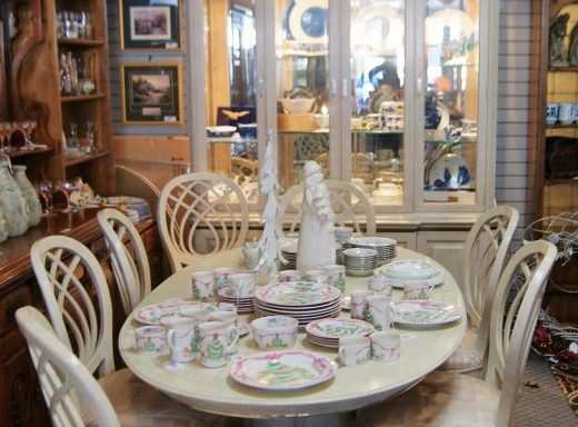 Dining Room Set and China Cabinet Priced Separate