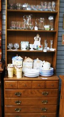Dresser-Chest With Bookcase