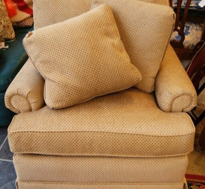 Arm Chair With Pillows