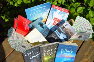 How Can You Win the WFoL #BigDOG2016 Literary Treasure Basket?