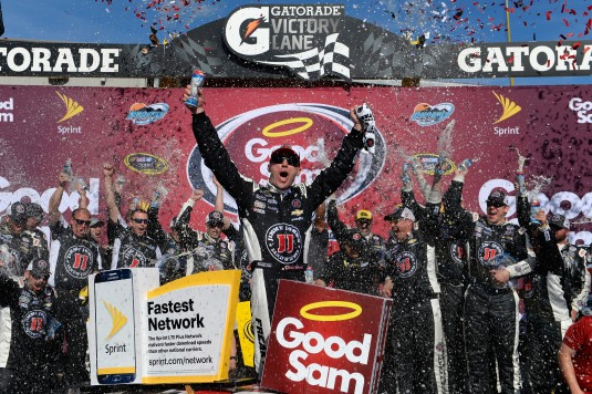 AVONDALE, AZ - MARCH 13:  Kevin Harvick, driver of the #4 Jimmy John's Chevrolet, celebrates in Victory Lane after winning the NASCAR Sprint Cup Series Good Sam 500 at Phoenix International Raceway on March 13, 2016 in Avondale, Arizona.  (Photo by Robert Laberge/NASCAR via Getty Images)