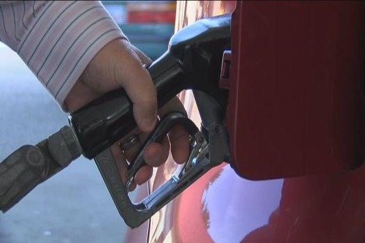 FBI warns drivers about card skimmers at the gas pump (Source: WFXG)
