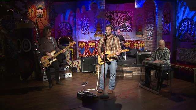 "Pontchartrain Wrecks perform ""Blake's Song"" on the Twist Stage"