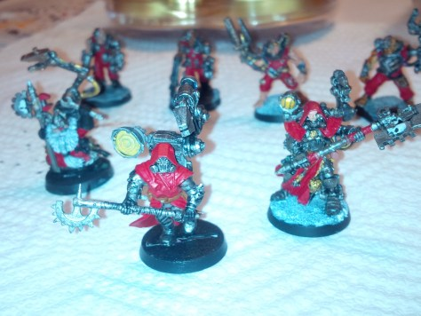 Techpriests and servitors