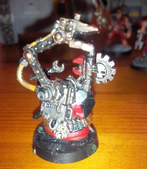 Dwarf Techpriest Engiseer (back)