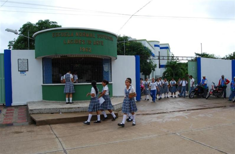 escuela_normal_superior_l_cides_iriarte_01
