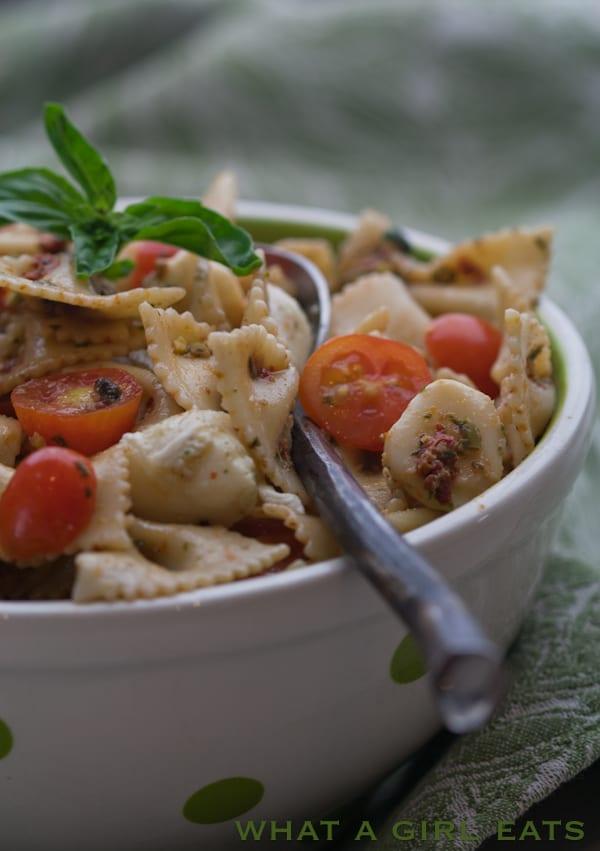 Sun-Dried Tomato and Pistachio Pesto Pasta Salad