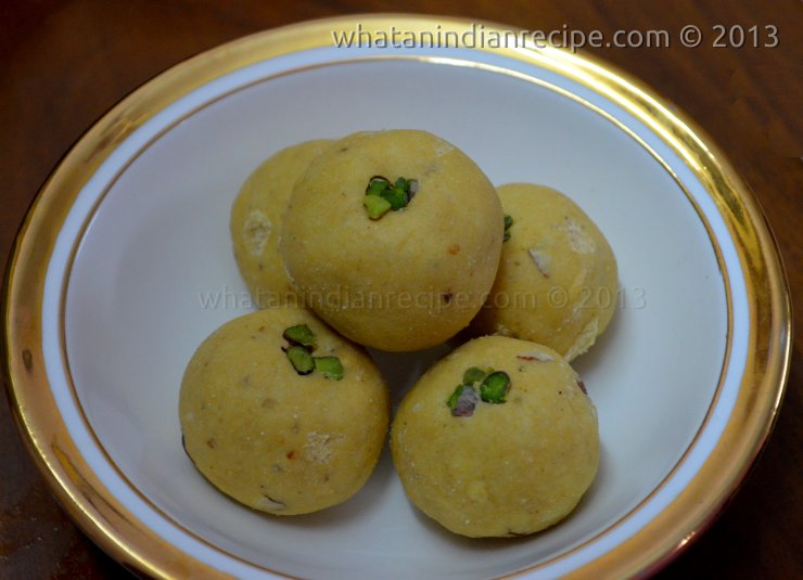 Besan and Suji Ladoo Recipe