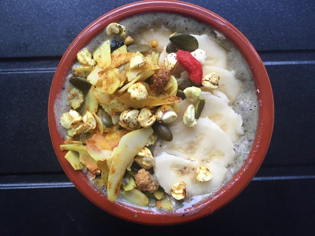 turmeric coconut muesli