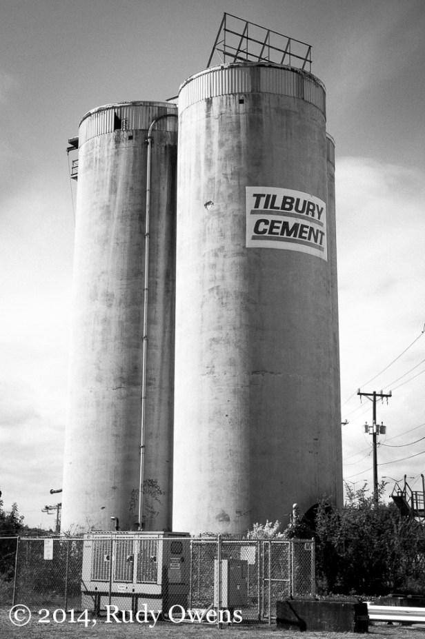 A former cement kiln stands guard near the Port of Seattle (2014).