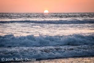 I caught this beautiful sunset at Moonlight Beach, in beautiful Encinitas.