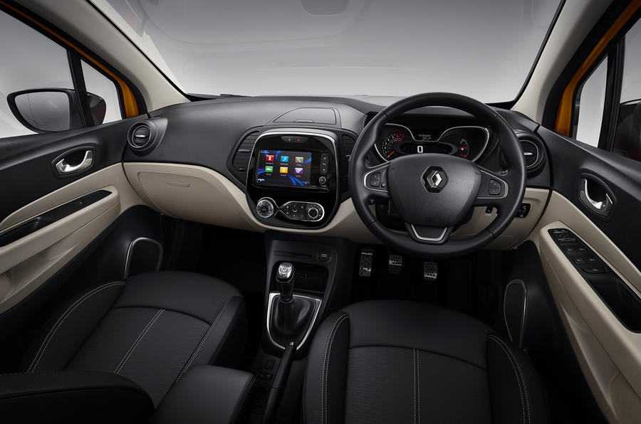 renault announces pricing and specifications for connected and distinctive new captur 09h00 020517 12