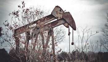 dying oil companies parting gift millions in cleanup costs - The Permian Basin is ground zero for a billion-dollar surge of zombie oil wells
