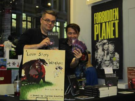 """A Love Story for Witches"" - Signings Were a Hit!"