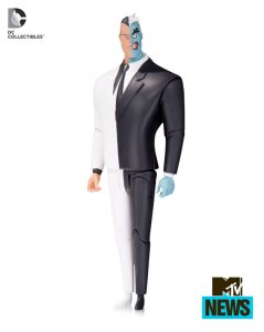 "Check Out ""The New Batman Adventures"" Two-Face & Mr. Freeze Action Figures!"
