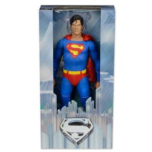 NECA-Superman-18-Inch-Figure-Packaging-Image-2