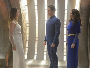 """For The Girl Who Has Everything"" -- Kara's (Melissa Benoist, left) friends must find a way to save her life when a parasitic alien attaches itself to her and traps her in a dream world where her family is alive and her home planet was never destroyed, on SUPERGIRL, Monday, Feb. 8 (8:00-9:00 PM, ET) on the CBS Television Network. Also pictured left to right: Robert Gant and Laura Benani Photo: Darren Michaels/Warner Bros. Entertainment Inc. © 2016 WBEI. All rights reserved."