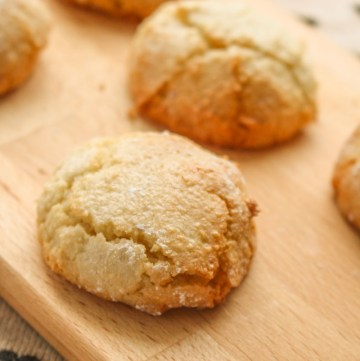 Soft Amaretti Cookies. Melt in your mouth soft, and packed with ground almonds and a generous helping of amaretto liqueur.