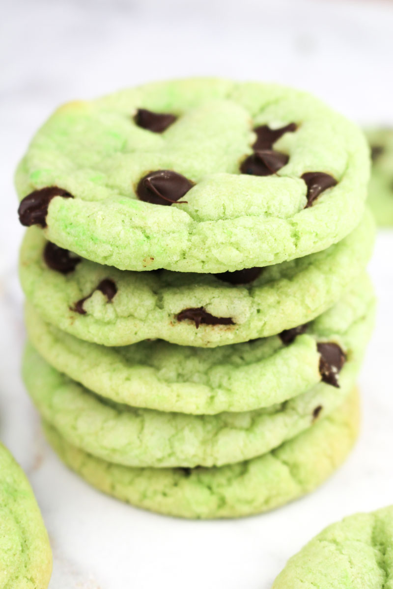Mint Chocolate Chip Cookies | What Charlotte Baked