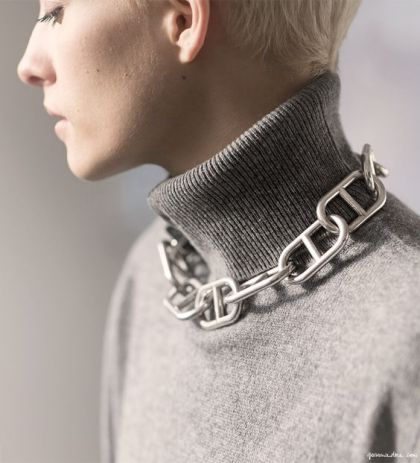 accessories-with-turtle-neck-3