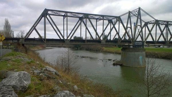 Nooksack River at BNSF bridge - 6-foot level 2015-02-24