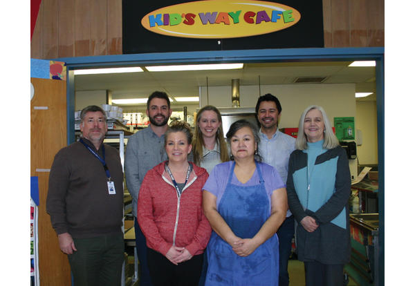 superfeet dontation pays down central elem meal debt 2018-03-26 photo fsd