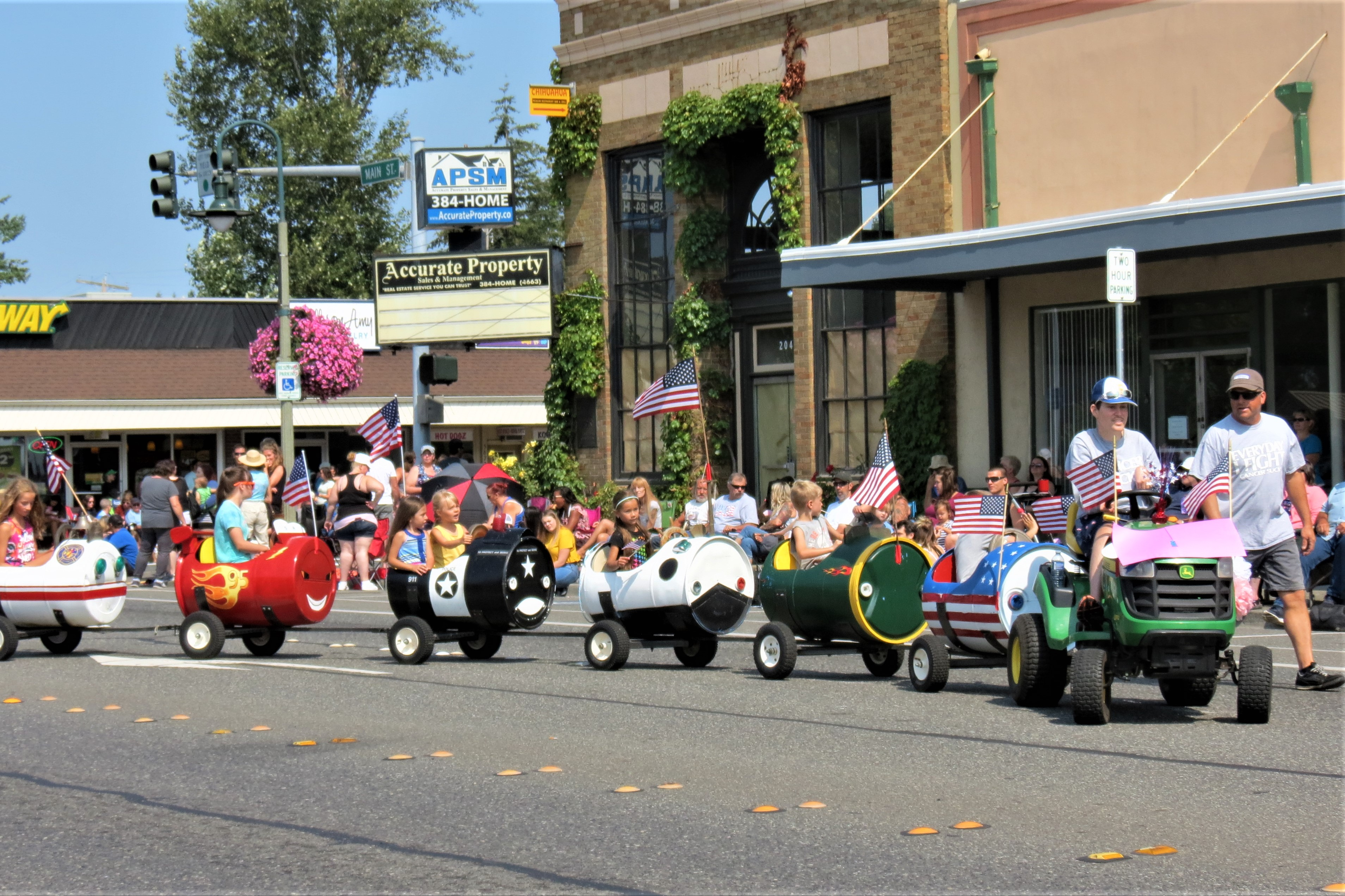 One of the many entries in the 2018 Whatcom County Old Settlers' Picnic Grand Parade (July 28, 2018). Photo: My Ferndale News