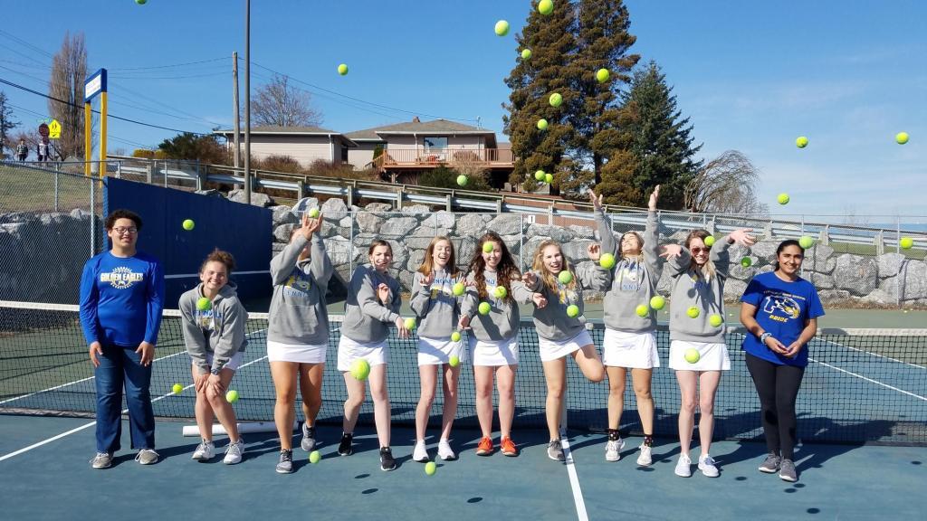 FHS girls tennis team. Photo courtesy of Mark Grieg