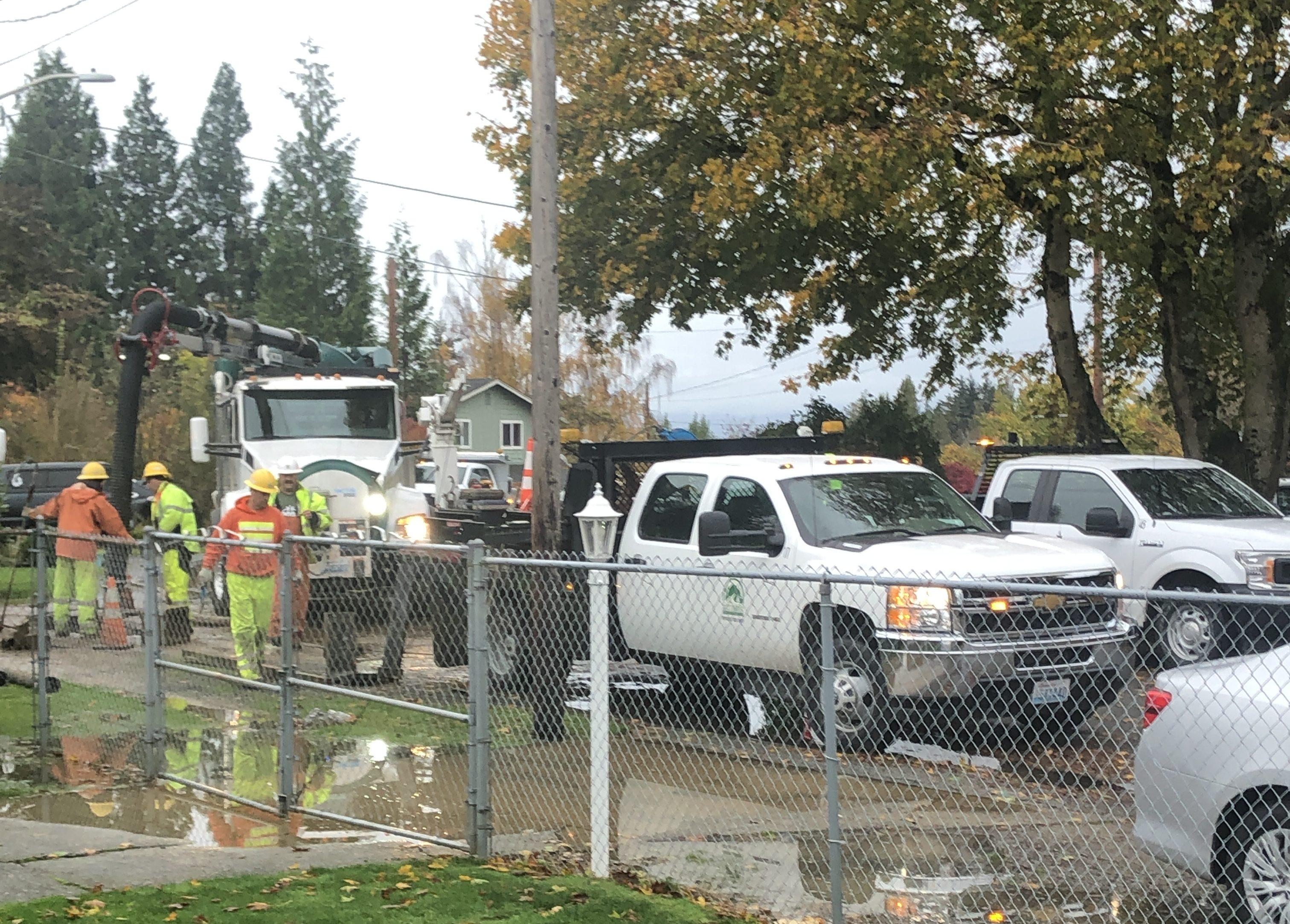 A City of Ferndale Public Works crew works to repair a water main break on Madrona Drive (October 20, 2019). Photo: Joe Tuttle