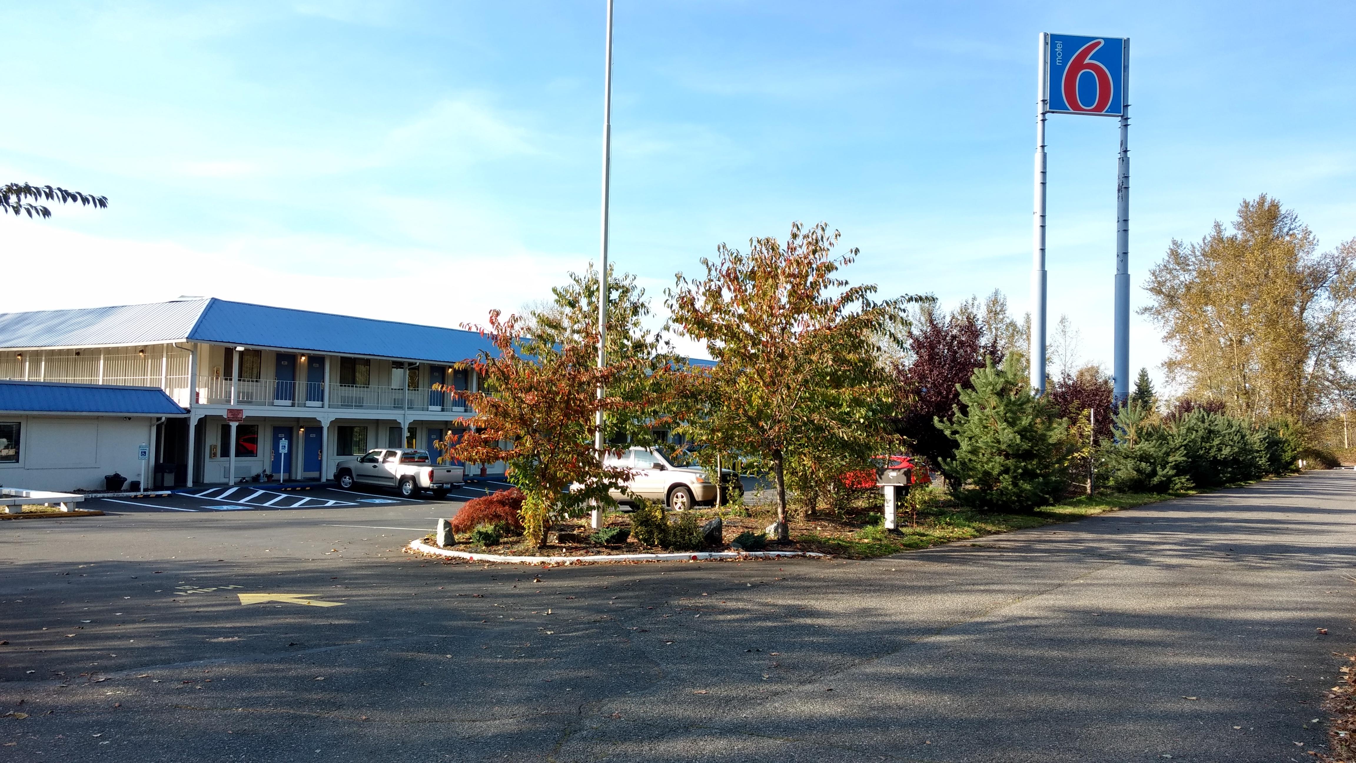 motel 6 exterior 2019-10-10