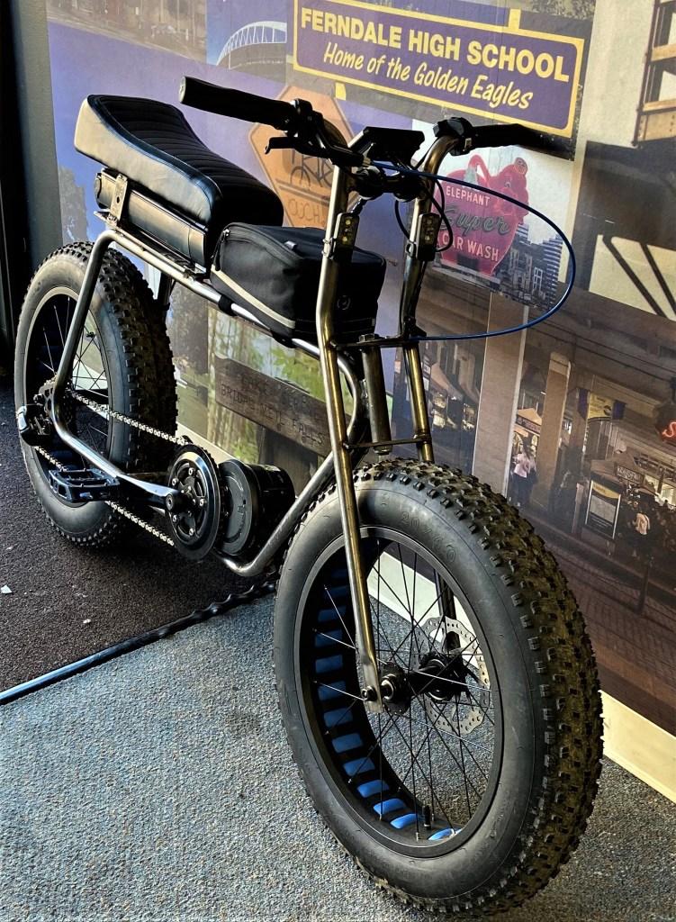 Custom-built electric bike available at Lenny's Bike Shop (February 18, 2020). Photo courtesy of Lenny's Bike Shop