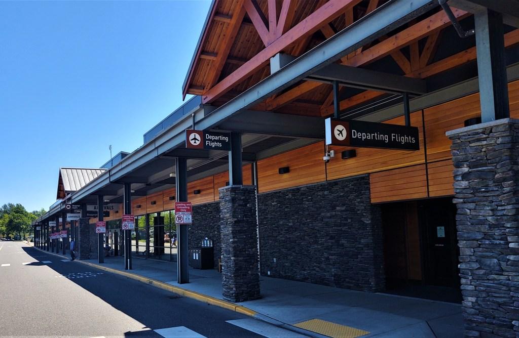 Bellingham International Airport passenger terminal (June 22, 2021). Photo: Whatcom News