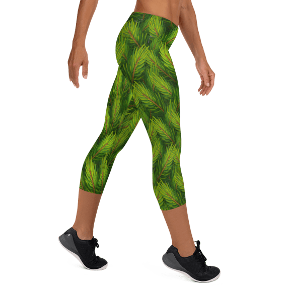 New Realistic Christmas Trees Capri Leggings - Best Essentials Leggings Outfit for Sexy Ladies / Affordable Yoga leggings, Workout Tights