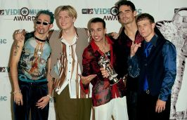 24755132-f18f-4899-800c-52ce78fc297e_620_backstreetboys3_051613