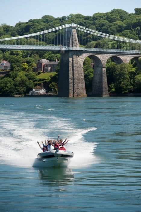 tre-ysgawen-hall-rib-boat-ride4