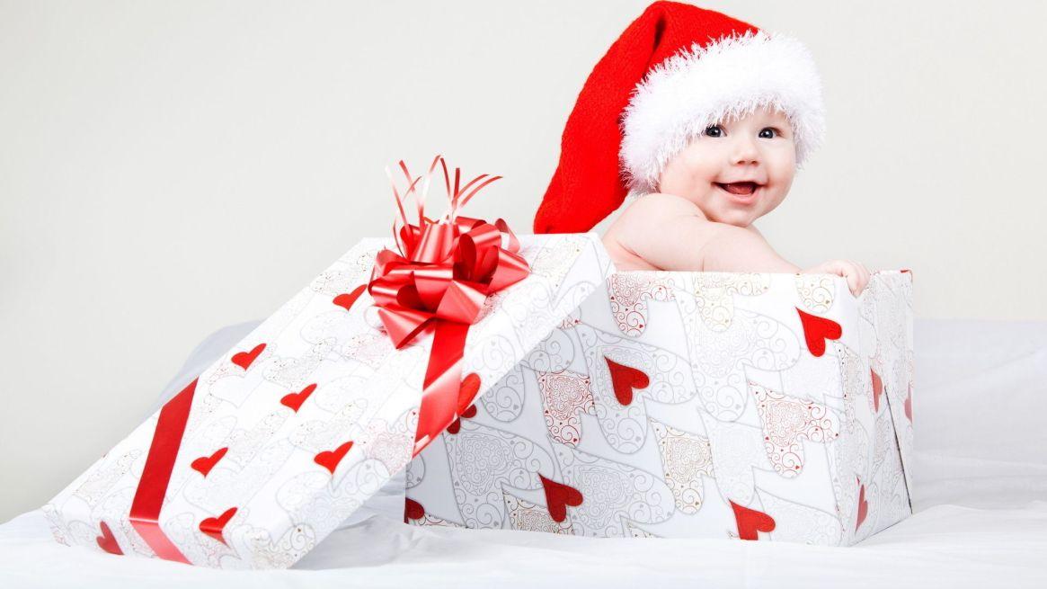 cute-baby-christmas-gift