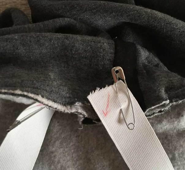 thread elastic through a casing