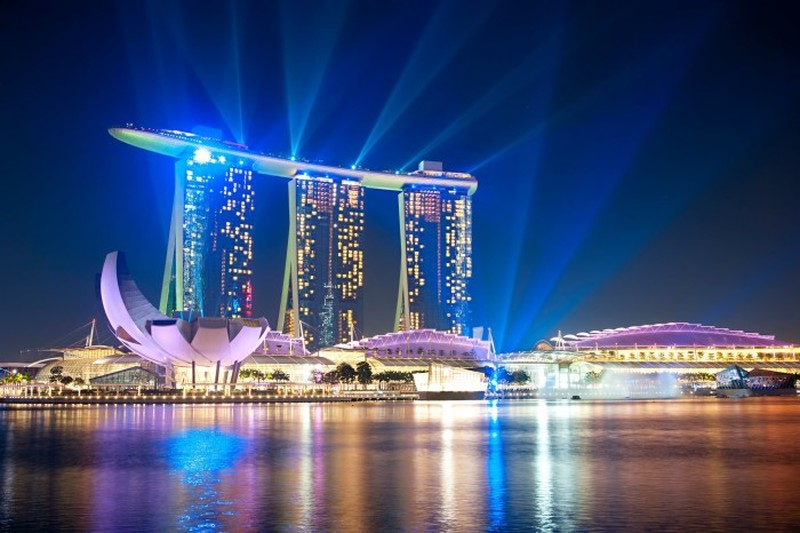 Get a Singaporean IP Address from Abroad with VPN